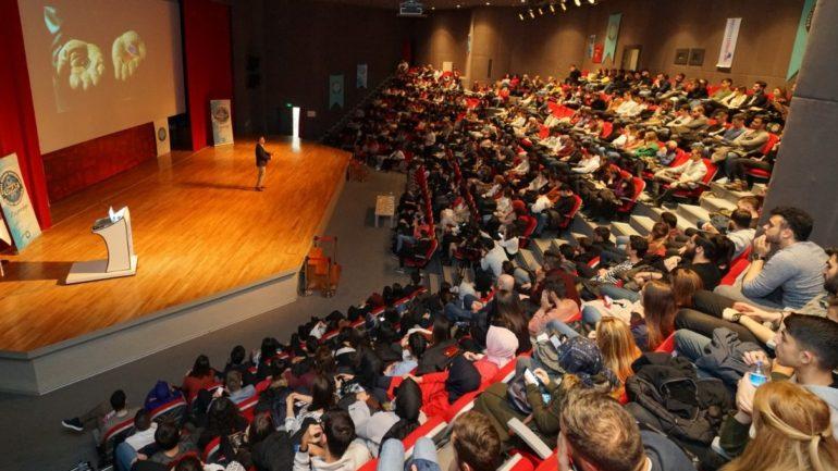 Monster Notebook'un Dünya'ya Açılan Hikayesi Üniversiteliler ile Buluşuyor