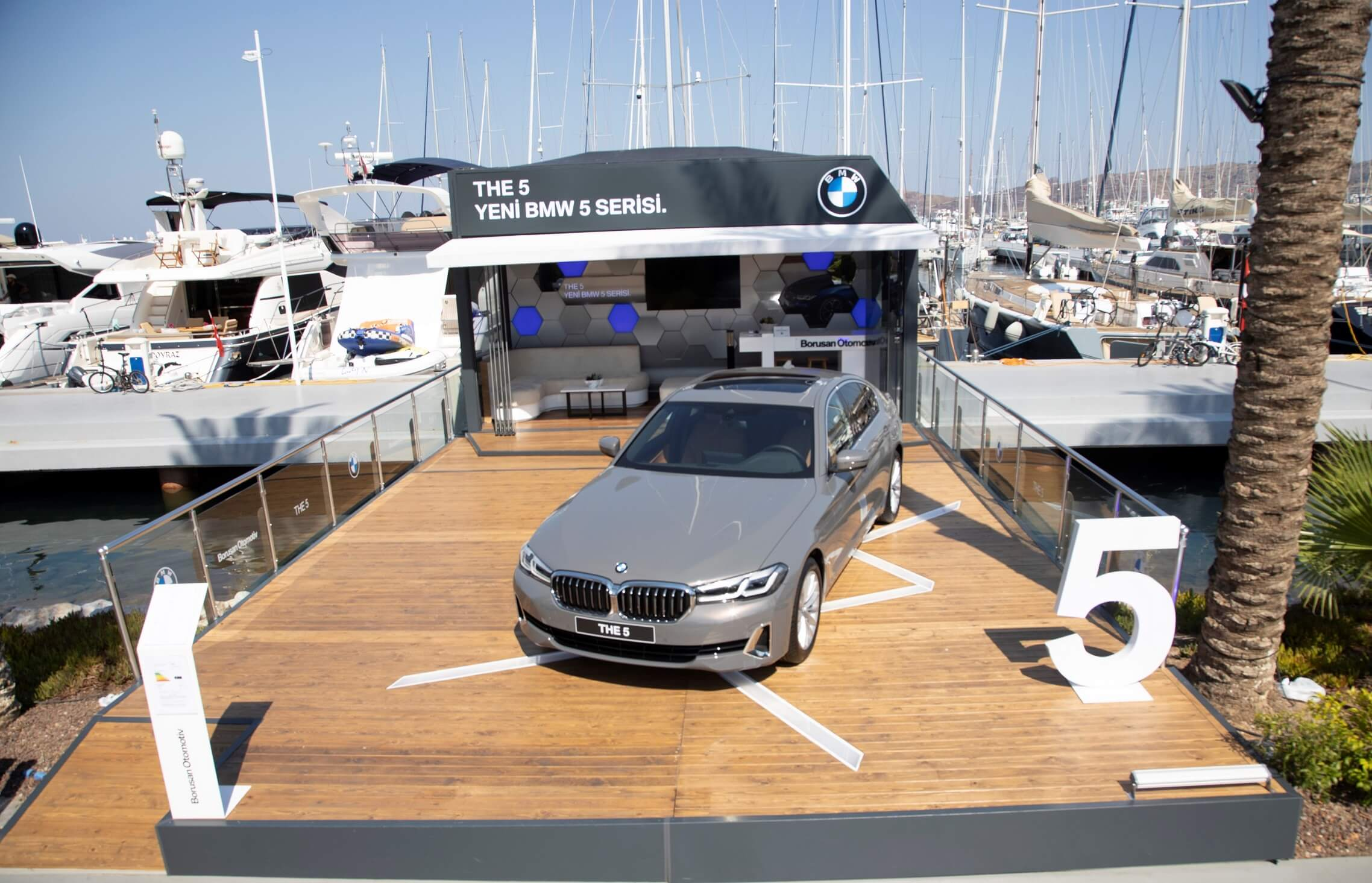 Yeni BMW 5 Serisi Türkiye'ye Geldi